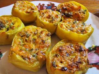 Пълнени картофи с шунка, гъби и топено сирене