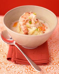 Кокосова супа със скариди и пилешко