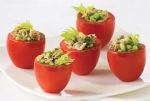 Пълнени домати с миден пълнеж