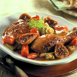 Пиле с копър и сушени смокини