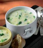 Картофена супа с броколи и пармезан