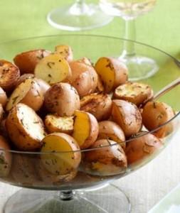 Печени картофи с розмарин