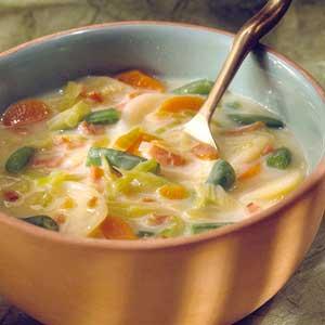 Крем супа със задушени зеленчуци